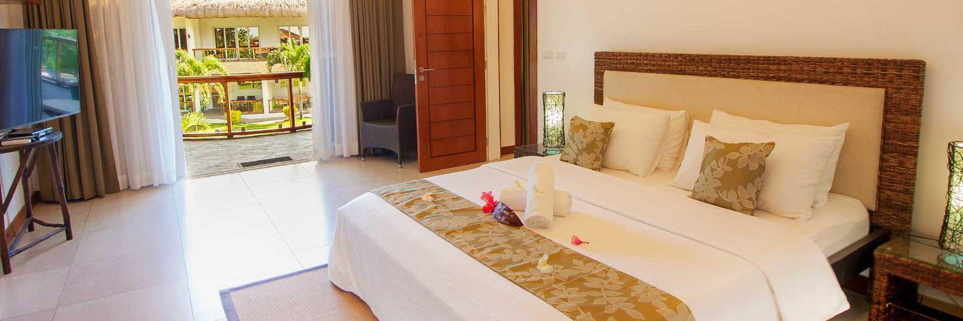 Vida Homes - Bedroom - Pool View - Bedroom